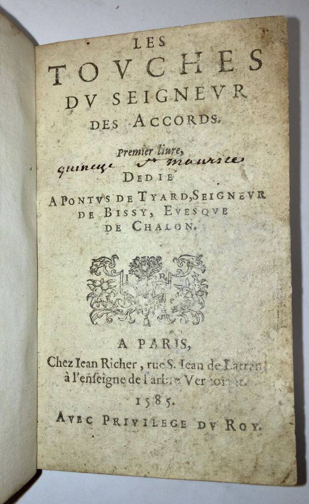 Les Touches du Seigneur des Accords. Premier [Second, Troisiesme] livre […]. [Bound with:] […]. Quatriesme livre [including Cagasanga]. [Bound with:] […]. Cinquiesme livre. […]. Étienne Tabourot.